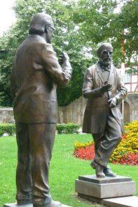 Konrad Zuse (li.) und Konrad Duden
